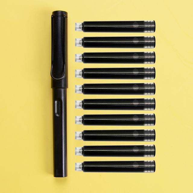 1.9数据线 通用钢笔 进口燕窝 西洋参 美白牙膏 沐浴露 补水喷雾 螺蛳粉 拌饭酱